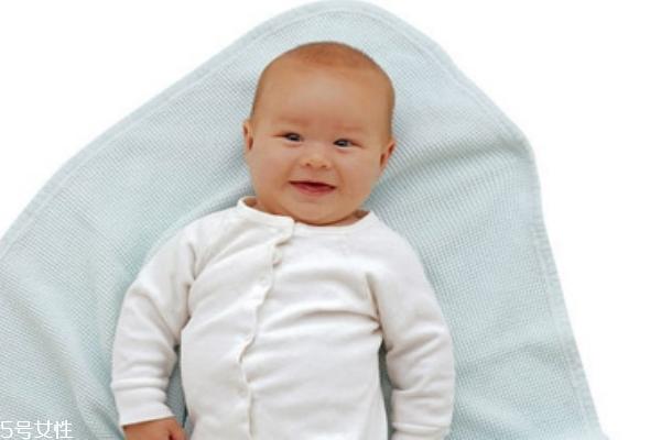 宝宝什么时候开始补钙 补钙注意事项