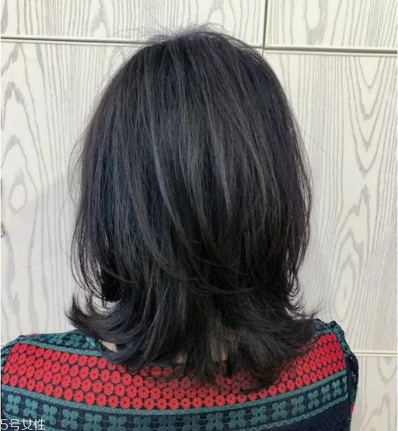 黑茶色需要漂染吗 黑茶色头发发型图