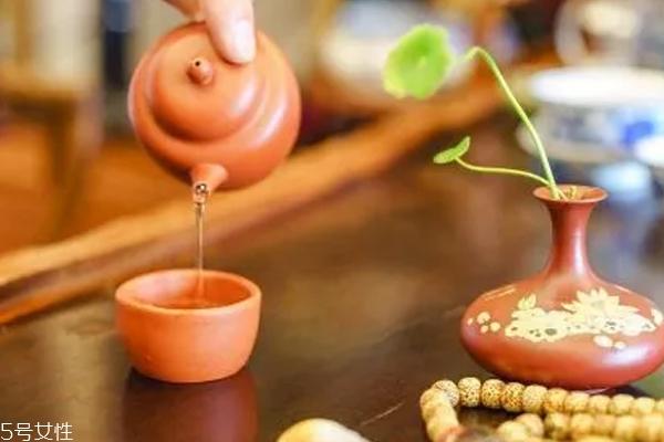 喝茶后身体发热好吗 茶叶发热原因