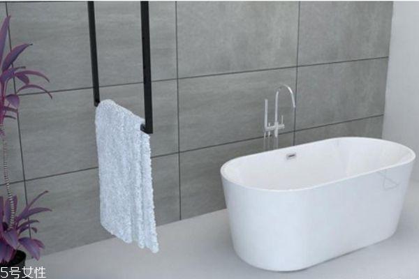 浴缸什么材质的好 各类浴缸优缺点