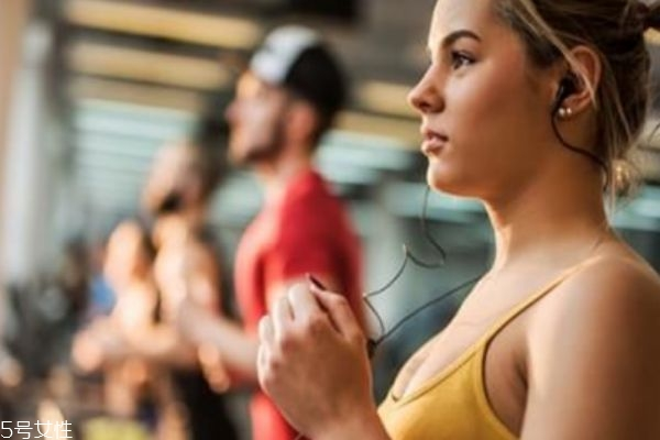 锻炼后肌肉酸痛还能继续锻炼吗 要继续锻炼