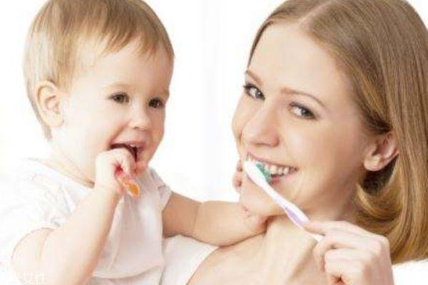 宝宝嘴巴酸臭怎么回事 口臭要引起重视