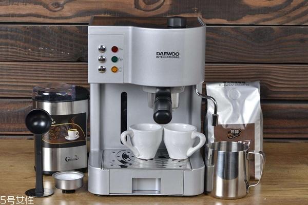 家用咖啡机怎么选择 体积小适合家用