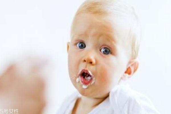 6个月辅食要不要加盐 辅食添加原则