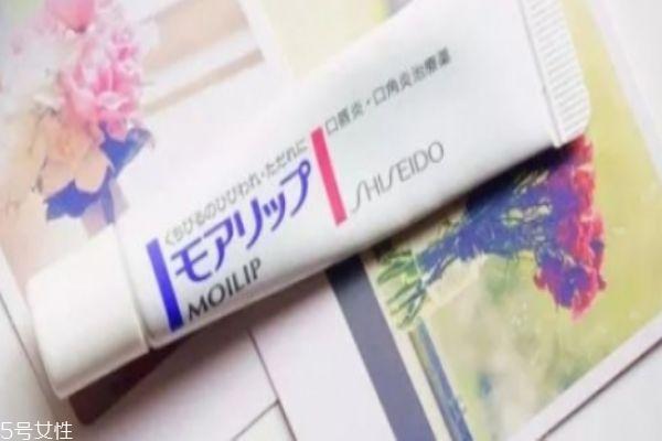 润唇膏可以天天用吗 唇膏的使用须知