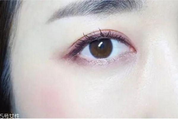 紫色眼影怎么画好看图解图片