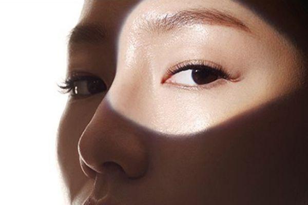 化妆水需要避开眼部吗 温和不刺激化妆水推荐