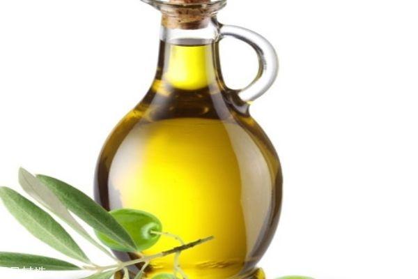 食用橄榄油护肤 食用的橄榄油可以护肤吗 食用橄榄油和护肤橄榄油的区别