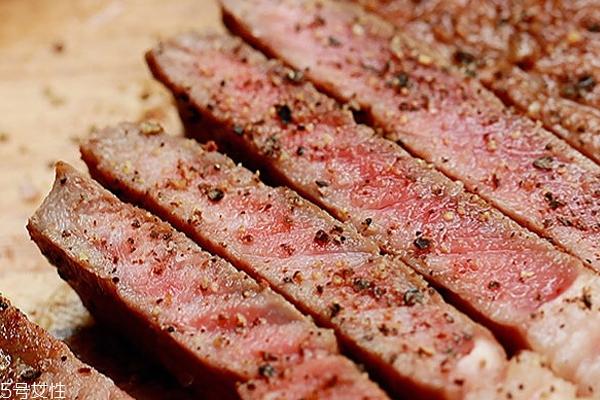 西冷牛排几分熟比较好 最佳熟度是三分至五分