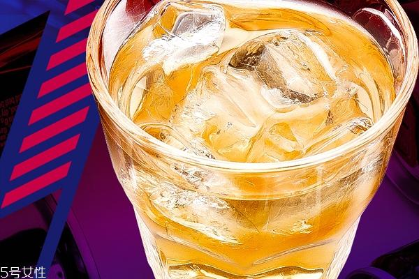 功能饮料有哪几种 逃不开3种类型