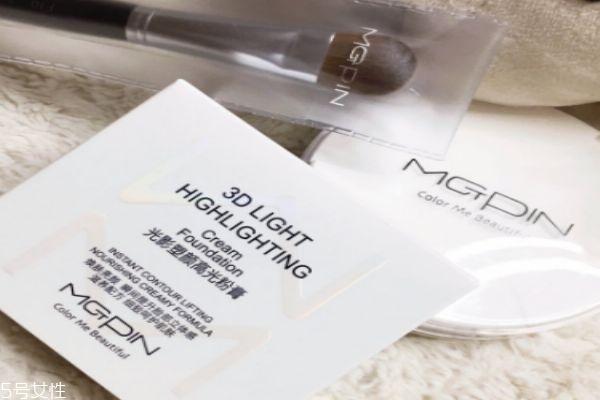 毛戈平粉膏使用方法 上妆注意事项