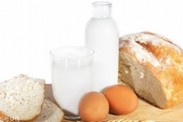 脱脂奶粉好喝吗 减肥人士的必备