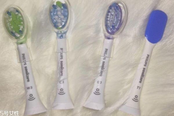 飞利浦电动牙刷刷头通用吗 飞利浦电动牙刷的刷头多久换一次