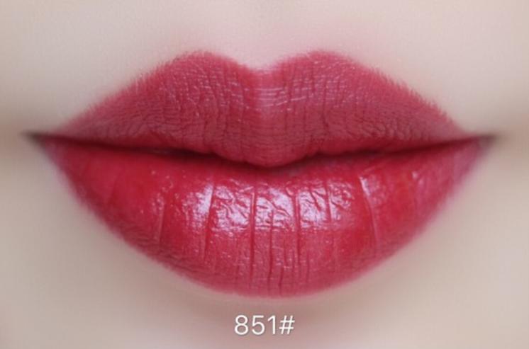 迪奥红管843试色 迪奥红管843是什么颜色