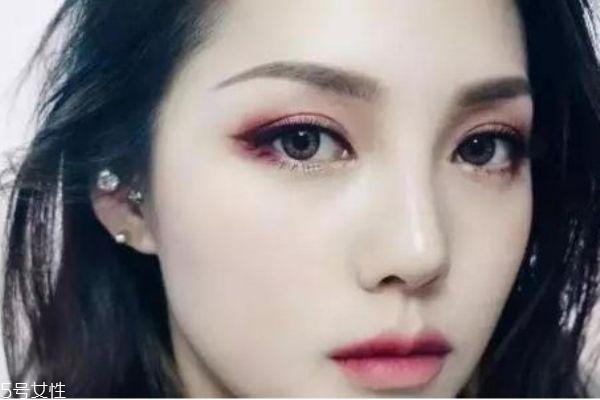 适合肿眼泡的眼影图 肿眼泡单眼皮怎么画出大眼妆