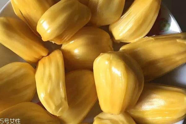 菠萝蜜为什么不甜 可能是没熟
