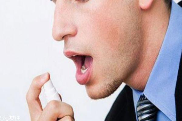 怎么去除嘴巴里的蒜味 三招让你远离口腔异味