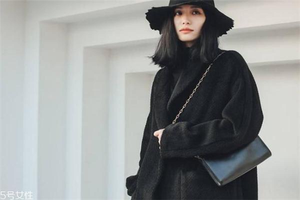 澳毛和羊毛大衣哪个好 前者更加珍贵