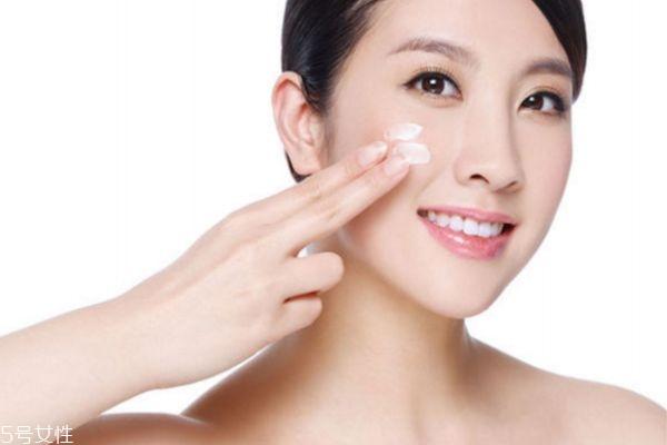 20岁怎么护肤 20岁女生基本护肤步骤