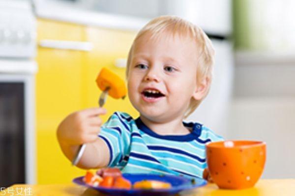 过敏宝宝怎么添加辅食 这几点妈妈们一定要注意