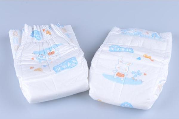 纸尿裤薄的好还是厚的好 薄的舒服又吸水