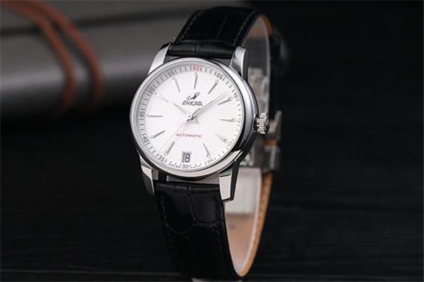 英纳格手表怎么看型号 方法非常简单