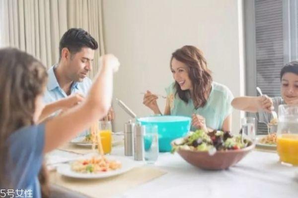 减肥不能吃主食吗图片