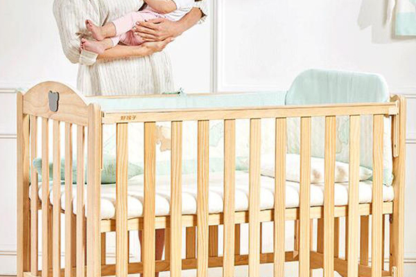 婴儿床无漆的好吗 木质容易变软腐烂