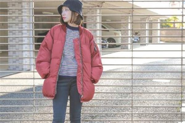 棉衣和羽绒服哪个好 后者更加保暖
