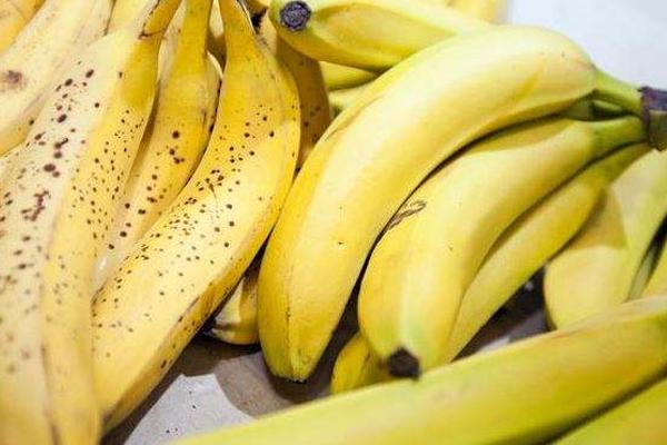 香蕉带麻点好吗 人工催熟无麻点