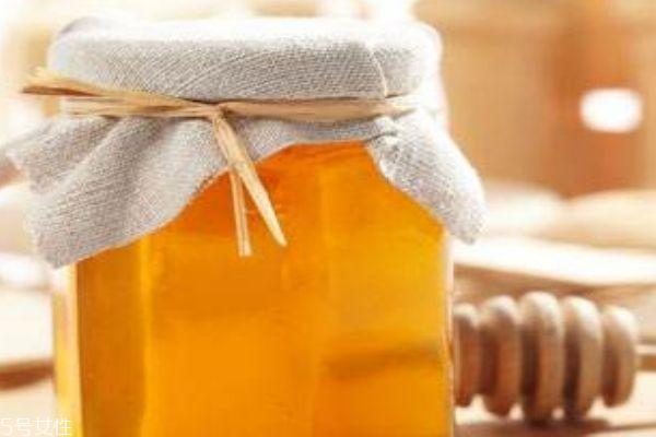蜂蜜水可不可以治便秘 蜂蜜的作用功效