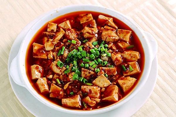麻婆豆腐可以放老抽吗 当然是可以的
