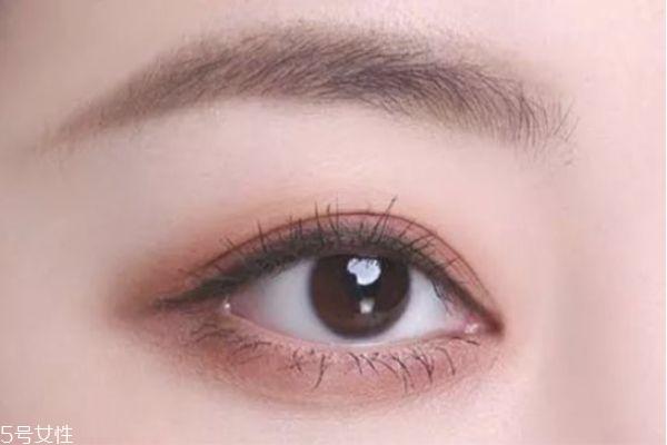 奶茶豆沙色眼影教程图片