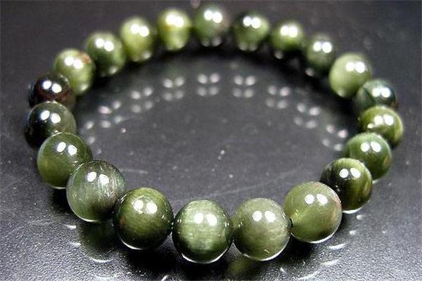 绿发晶的功效与作用 有助于招财