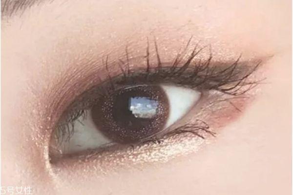 韩式单眼皮妆怎么画 单眼皮大地色眼影画法