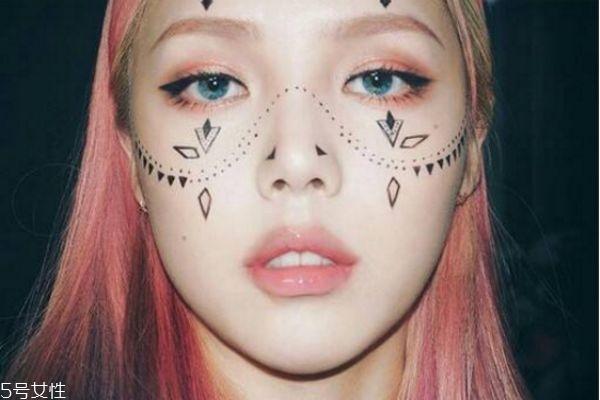 韩式妆容画法 韩式甜美日常妆的画法教程