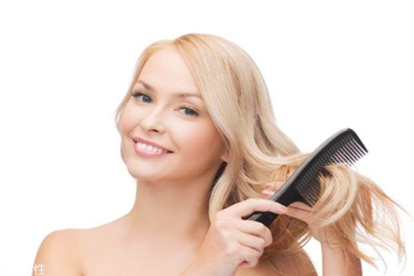 头发爱出油怎么办 4招让你告别油性发质
