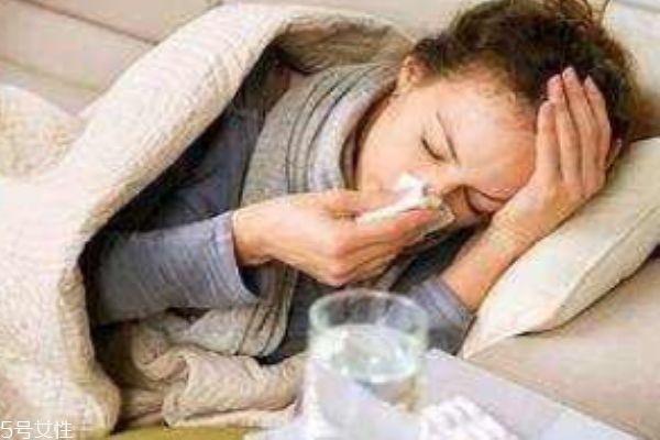 喉咙痛是风热还是风寒感冒 风热和风寒感冒症状