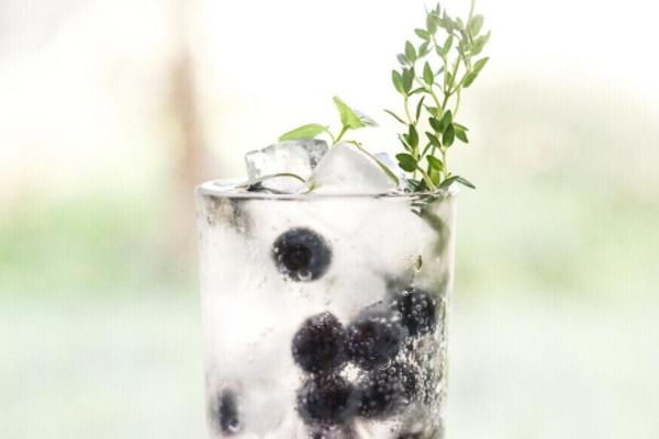 鸡尾酒是什么味道 饮料与酒的结合