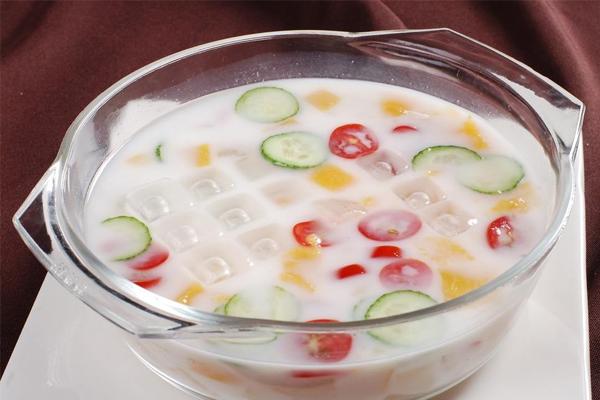 风味发酵乳是酸奶吗 含有添加剂的酸奶