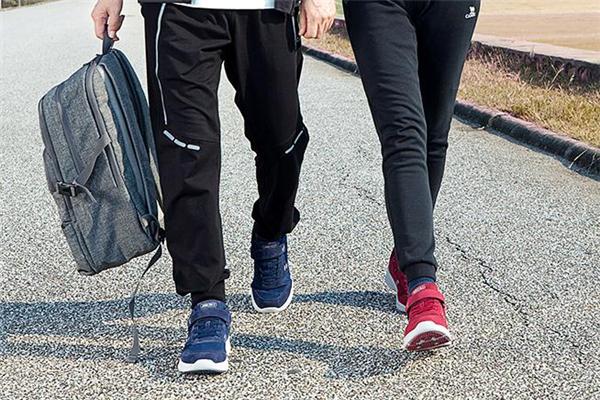 健步鞋是什么意思 一种很舒服的运动鞋