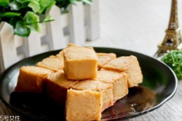 鱼豆腐是什么做的 吃鱼豆腐有什么好处