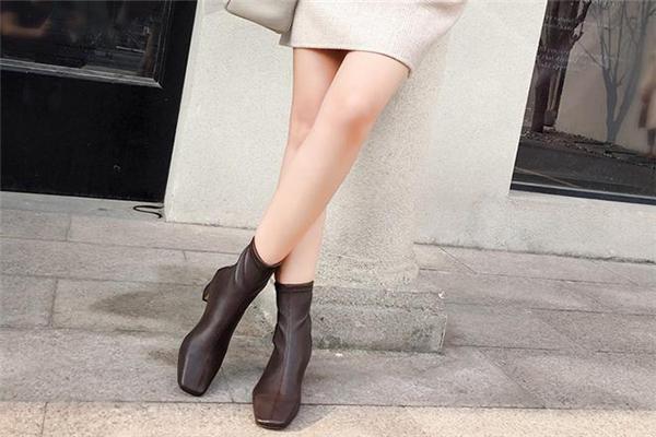 靴子什么材质好 这几种都不错