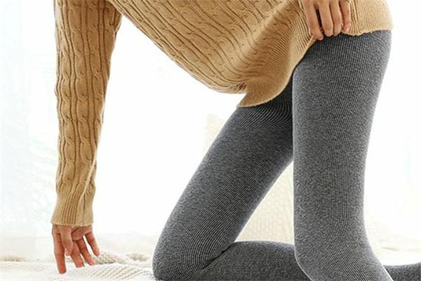 连裤袜怎么搭配 根据不同场合