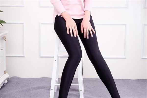 打底裤可以外穿吗 要看具体场合
