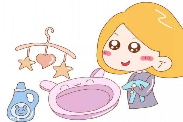 宝宝衣服可以用洗衣机洗吗 3岁之前最好手洗