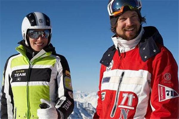 滑雪服可以烘干吗 最好自然晾干