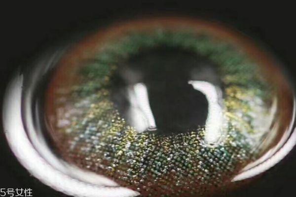 硅水凝胶美瞳有年抛吗 一般是月抛和日抛