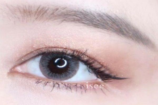 美瞳直径怎么选 14.2的比较自然