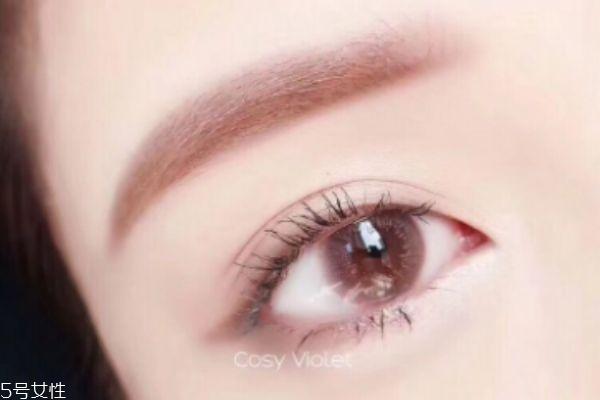 美瞳什么材质最舒服 根据眼睛选择材质